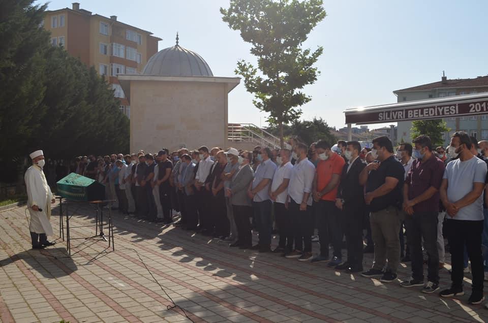Gazeteci İrfan Ermiş'in Cenaze Töreni
