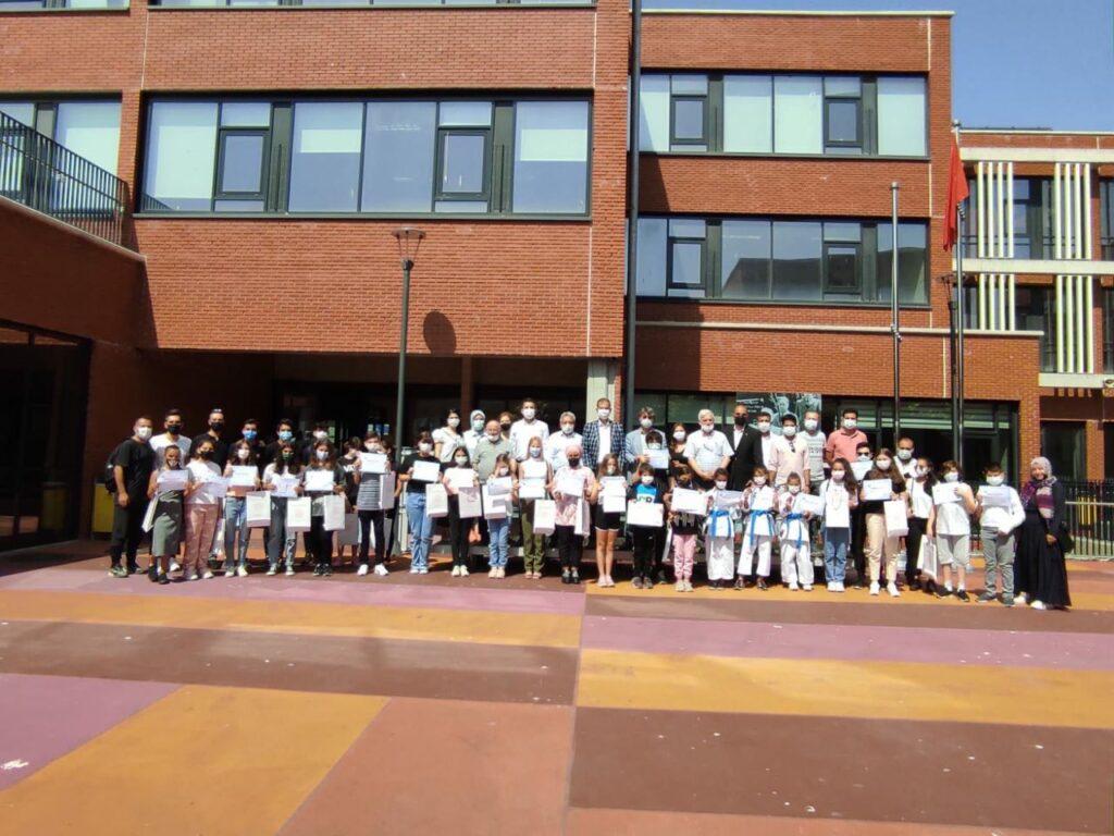 Dereceye Giren 60 Öğrenciye SİAD Üyelerinden Destek